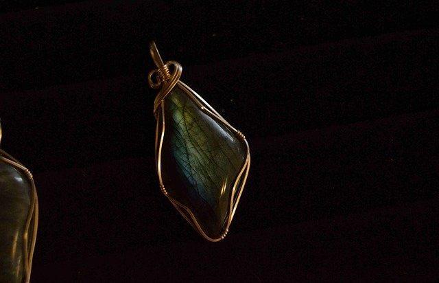biżuteria z miedzi wire wrapping